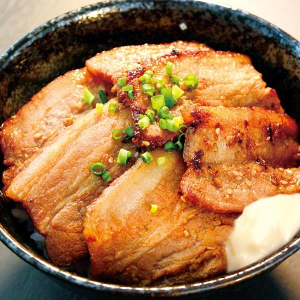 甘辛みそ豚丼(300)